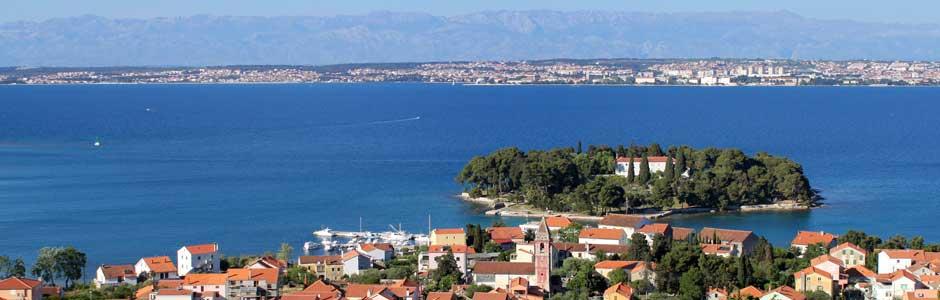 Chorwacja apartamenty na plaży kupno basenem przy