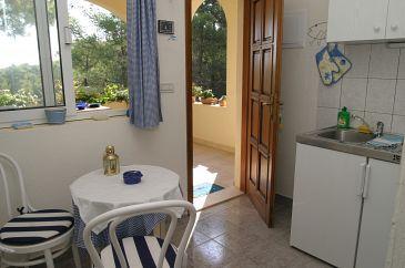 Apartman A-2568-b - Apartmani Slatine (Čiovo) - 2568