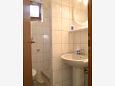 Kupaonica - Apartman A-2568-b - Apartmani Slatine (Čiovo) - 2568