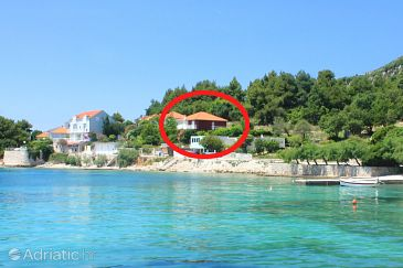Accommodation near the beach, 118 square meters, Kuciste, Croatia