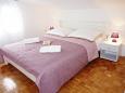 Hálószoba 1 - Apartman A-5176-a - Apartmanok Maslinica (Šolta) - 5176