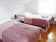 Hálószoba 2 - Apartman A-5176-a - Apartmanok Maslinica (Šolta) - 5176