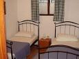 Ložnice 2 - Apartmán A-5180-a - Ubytování Maslinica (Šolta) - 5180