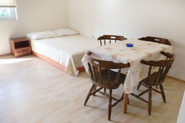 Apartman A-6278-a - Apartmani Pirovac (Šibenik) - 6278