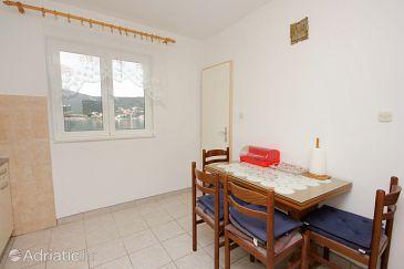 Apartment A-10006-a - Apartments Vinišće (Trogir) - 10006