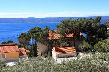 Marušići, Omiš, Property 10009 - Apartments blizu mora with pebble beach.