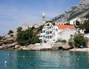 Pisak, Omiš, Property 1001 - Apartments blizu mora with pebble beach.