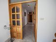 Hallway - Apartment A-10014-d - Apartments Mali Rat (Omiš) - 10014
