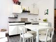 Korčula, Kitchen u smještaju tipa studio-apartment, dopusteni kucni ljubimci.