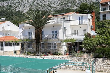 Živogošće - Porat, Makarska, Property 10032 - Apartments with pebble beach.