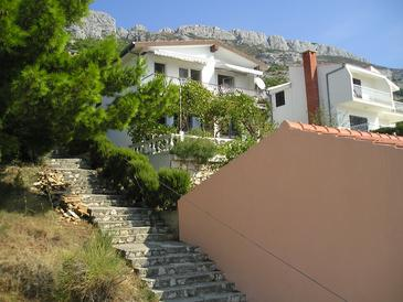 Pisak, Omiš, Property 1009 - Apartments with pebble beach.