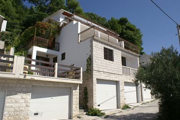 Property Pisak (Omiš) - Accommodation 1011 - Apartments near sea with pebble beach.