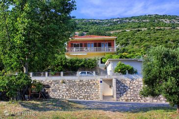 Property Viganj (Pelješac) - Accommodation 10184 - Apartments with pebble beach.