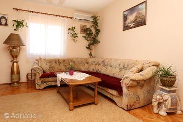 Apartment A-10215-a - Apartments Orebić (Pelješac) - 10215