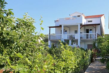 Property Poljica (Trogir) - Accommodation 10237 - Apartments near sea with pebble beach.