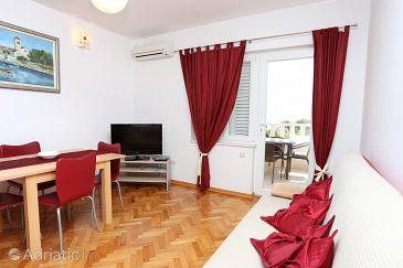Apartment A-10248-e - Apartments Podstrana (Split) - 10248