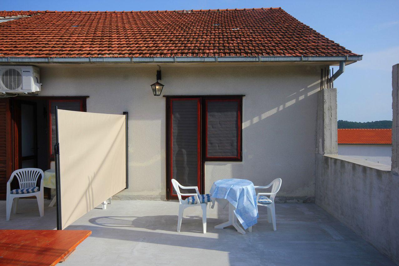 Apartmány s parkoviskom v meste Orebić - 10256