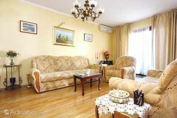 Apartment A-10260-a - Apartments Trogir (Trogir) - 10260
