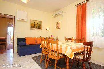 Mastrinka, Dining room u smještaju tipa apartment, dostupna klima, dopusteni kucni ljubimci i WIFI.