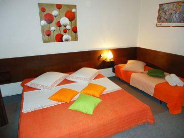 Room S-10266-a - Rooms Krilo Jesenice (Omiš) - 10266