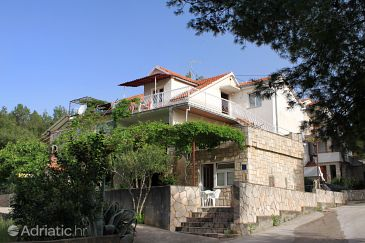 Property Vrboska (Hvar) - Accommodation 103 - Apartments and Rooms with pebble beach.