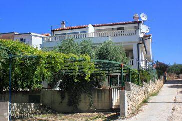 Property Zečevo Rtić (Rogoznica) - Accommodation 10307 - Apartments with pebble beach.