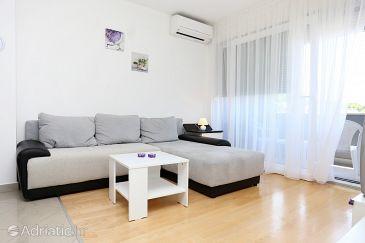 Apartment A-10310-a - Apartments Žrnovnica (Split) - 10310