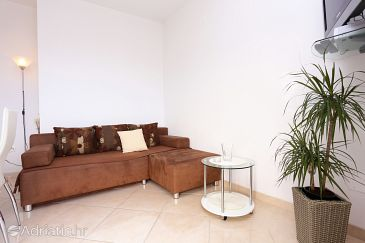 Seget Vranjica, Living room u smještaju tipa apartment, dopusteni kucni ljubimci i WIFI.