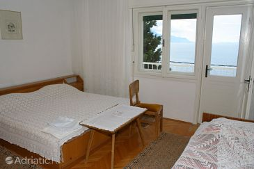 Room S-1033-e - Rooms Mimice (Omiš) - 1033