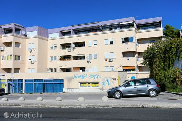 Property Podstrana (Split) - Accommodation 10332 - Apartments near sea with pebble beach.