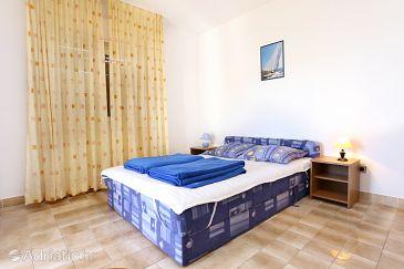Room S-10335-f - Rooms Mavarštica (Čiovo) - 10335