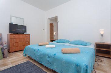 Room S-10335-g - Rooms Mavarštica (Čiovo) - 10335