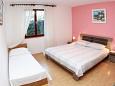 Bedroom 2 - Apartment A-10343-a - Apartments Okrug Gornji (Čiovo) - 10343