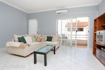 Apartment A-10348-b - Apartments Podstrana (Split) - 10348