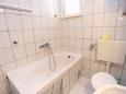 Bathroom - Apartment A-10353-a - Apartments Poljica (Trogir) - 10353