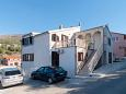 Parking lot Podstrana (Split) - Accommodation 10361 - Apartments with pebble beach.