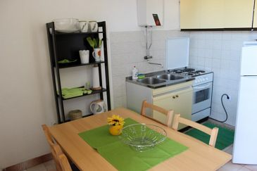 Apartment A-1040-b - Apartments Marušići (Omiš) - 1040