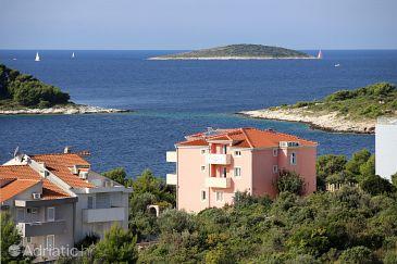 Property Zečevo Rtić (Rogoznica) - Accommodation 10400 - Apartments near sea with pebble beach.