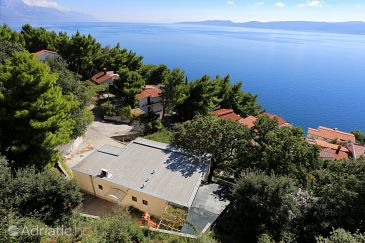 Property Marušići (Omiš) - Accommodation 1043 - Apartments near sea.
