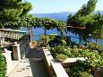 Courtyard Medići (Omiš) - Accommodation 1047 - Apartments near sea with pebble beach.