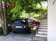 Parking lot Seget Vranjica (Trogir) - Accommodation 1051 - Apartments near sea.