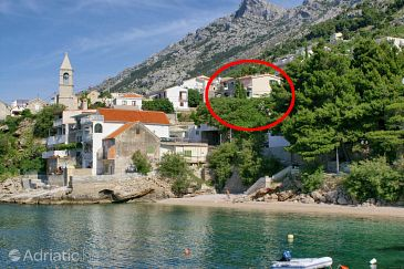 Pisak, Omiš, Property 1067 - Apartments blizu mora with pebble beach.