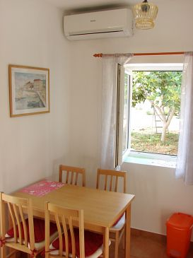 Studio flat AS-11003-a - Apartments Vinišće (Trogir) - 11003