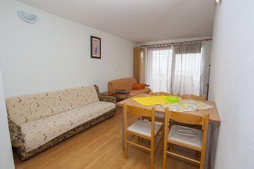 Apartment A-11007-b - Apartments Veliko Brdo (Makarska) - 11007