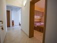 Hallway - Apartment A-11007-c - Apartments Veliko Brdo (Makarska) - 11007
