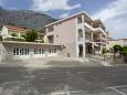 Veliko Brdo, Makarska, Parking lot 11007 - Apartments with pebble beach.