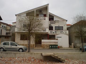 Property Kali (Ugljan) - Accommodation 11015 - Apartments near sea with pebble beach.