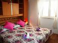 Bedroom 1 - House K-11016 - Vacation Rentals Bol (Brač) - 11016