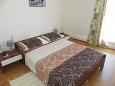 Bedroom 1 - Apartment A-11039-b - Apartments Brist (Makarska) - 11039