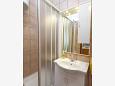 Bathroom - Studio flat AS-11063-c - Apartments and Rooms Makarska (Makarska) - 11063